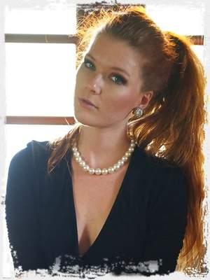 Mia Sollis XXX ; Girlfolio