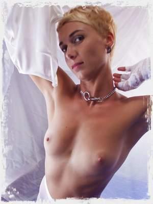 Lindra XXX ; The Life Erotic